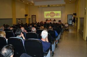 Parte del público asistente al acto de Torrelavega