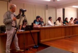 Rubén V. Carrillo, concejal de IU en Piélagos, situado el primero por la izquierda.