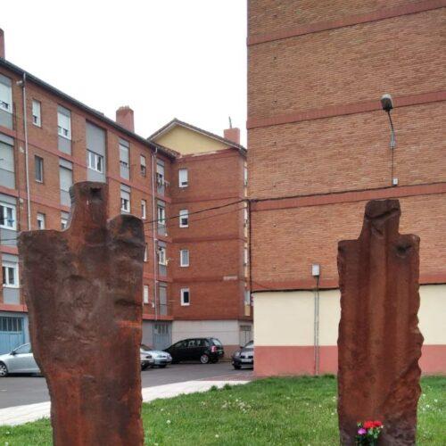 Esculturas homenaje a los trabajadores de la industria (Reinosa)